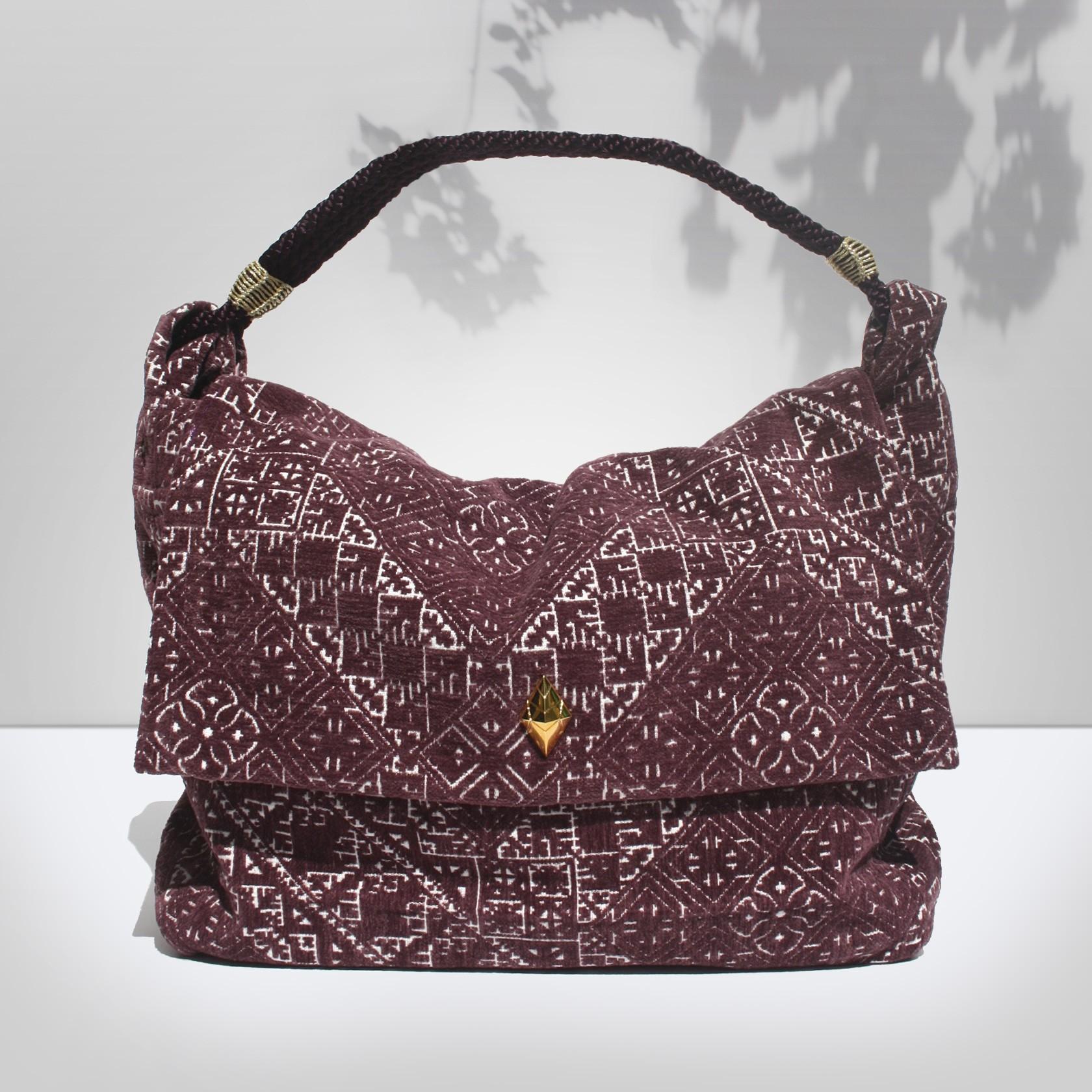 b5a61305e4 KARIMA L Prune - Bags